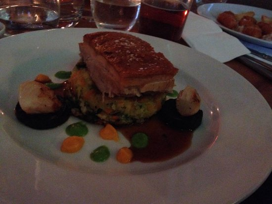 The Gladstone Arms: Pork belly with scallops! Delicious.