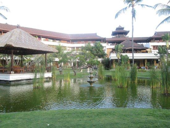 Nusa Dua Beach Hotel & Spa : Style Balinais