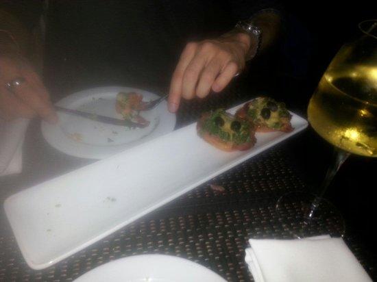 Resto Pastas Milajo: Entrada bruschetas milajó. Deliciosas!