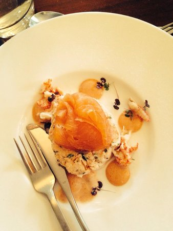 Sprowston Manor Marriott Hotel & Country Club: Salmon starter