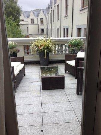 Muckross Park Hotel & Spa: terrace off pres suite