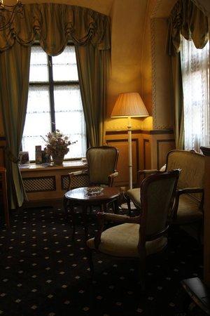 Hotel Pod Vezi: Reception area