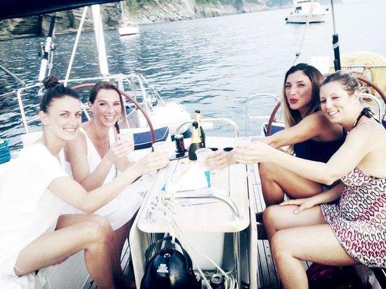 Sailing 5 Terre - Day Tours: in barca a vela con le amiche
