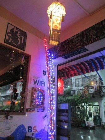 Enjoy Bkk Bistro Bar: the decoration of the BAR