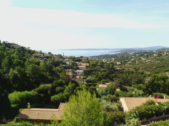 Pierre & Vacances Village Club Les Issambres: vue sur la mer depuis les corniches
