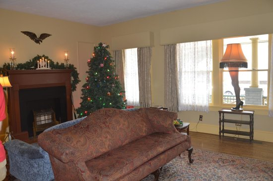 Christmas Story House : Living room