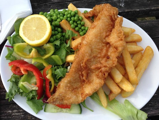 The Bankes Arms Country Inn: Fish & Chips