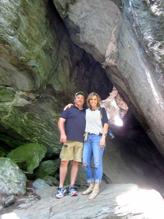 Vermontology Guided Day Tours : Vermontology customers at Smugglers' Notch- Vermont Tours