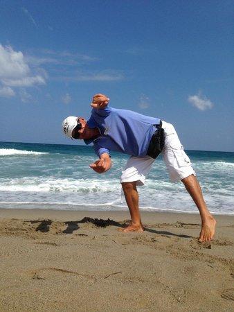 SENTIDO Pearl Beach : HARIS on beach