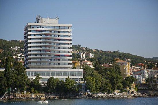 Remisens Premium Hotel Ambasador: Vue de la mer