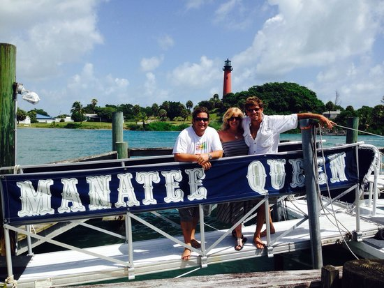 Manatee Queen Excursions: Fantastic Trip! Mark has a great sense of humor and excellent knowledge of the area. Joe was a t