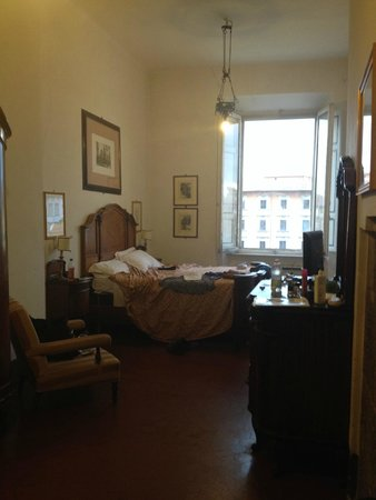 Royal Victoria Hotel: Our upgraded honeymoon suite