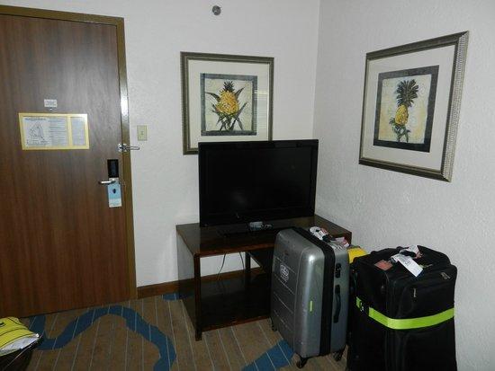 Sheraton Old San Juan Hotel : Part of Living Room in Junior Suite