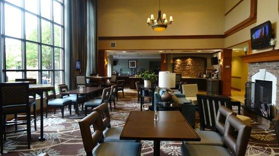 Staybridge Suites Minneapolis Bloomington: Lobby