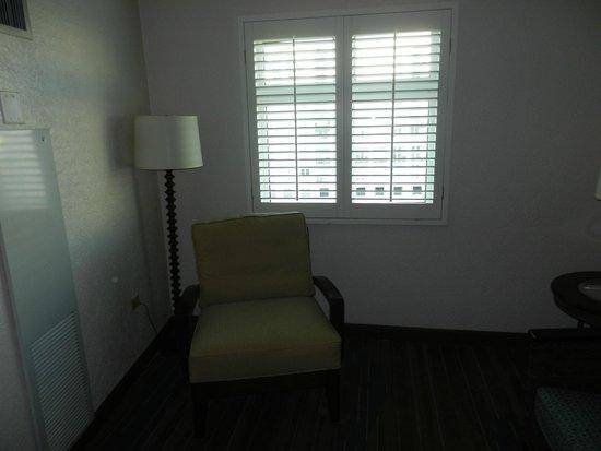 Sheraton Old San Juan Hotel : Sitting area of Junior Suite