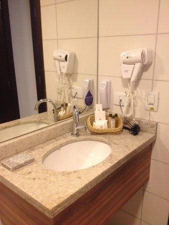 Nobile Suites Executive: Banheiro