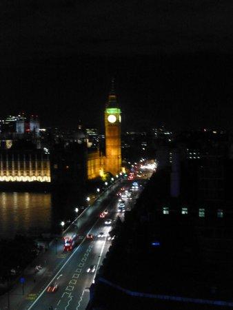 Park Plaza Westminster Bridge London: Evening bridge view