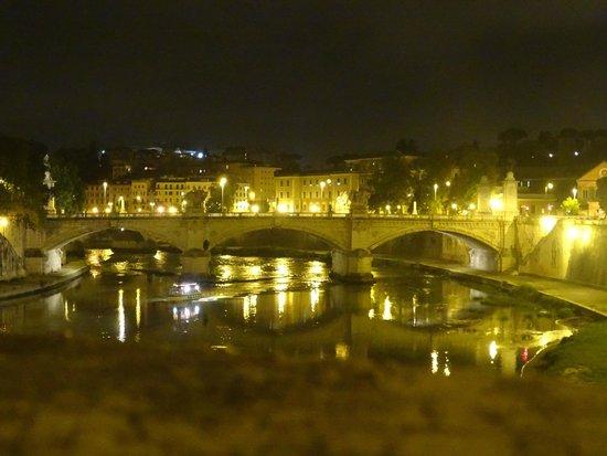 Castillo de Sant'Angelo: ponte sul tevere