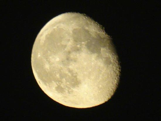 Castillo de Sant'Angelo: luna al lungotevere