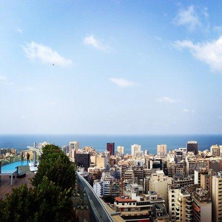 Staybridge Suites Beirut: The pool