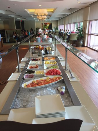 Sheraton Austin at the Capitol: Buffet, $16 adults, $8 kids, free for club members on weekends