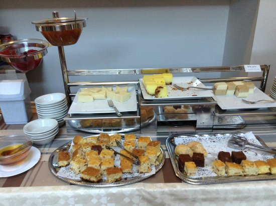 Golden Park Hotel : Breakfast
