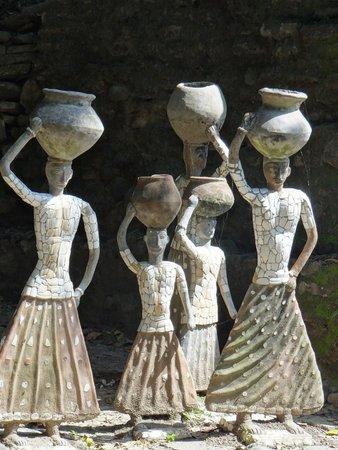 The Rock Garden Of Chandigarh: Chandigarh Rock Garden Statues