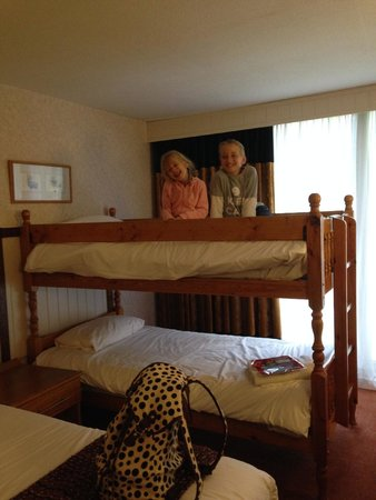Marwell Hotel: kids loved the bunk bed