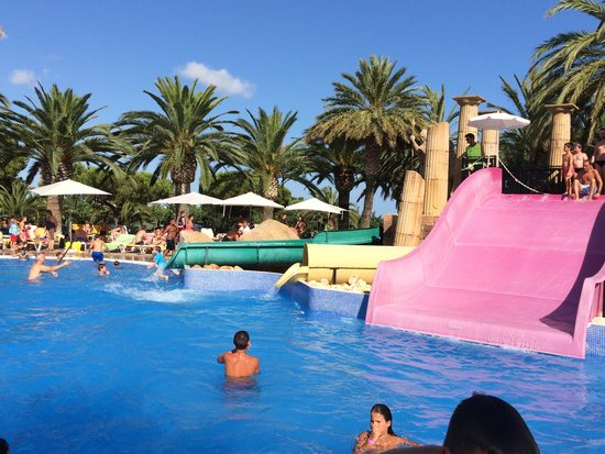 Camping Resort Sanguli Salou : The fabulous Fiesta pool at Sanguli x