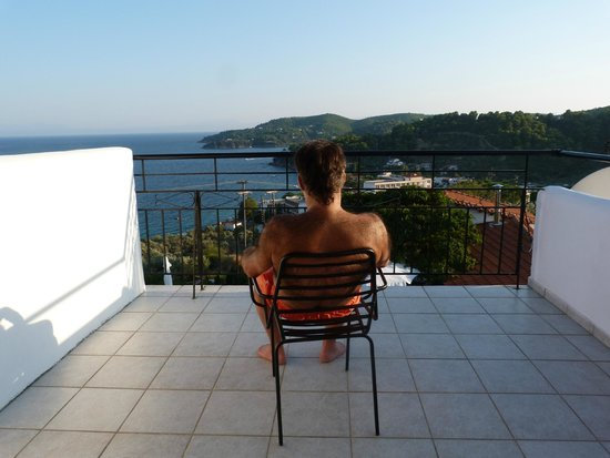 Villa Apollon Skiathos: Balcony view from room 4