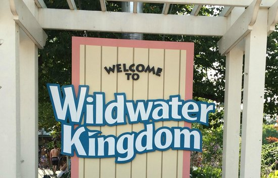 Aurora, OH: Wildwater Kingdom