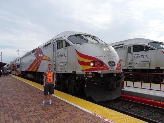 New Mexico Rail Runner: The Road Runner Train