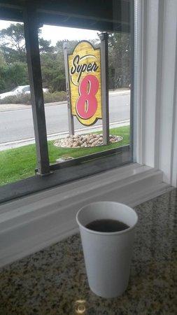 Super 8 Monterey/Carmel: colazione