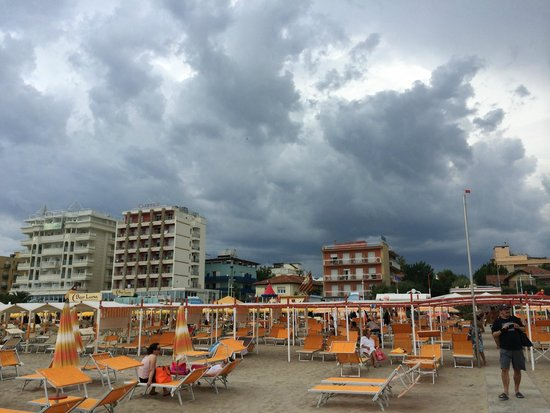 Hotel Ca' Bianca: пляж 106