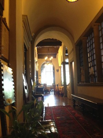 Hotel Monna Lisa: Entrance to dining/breakfast room