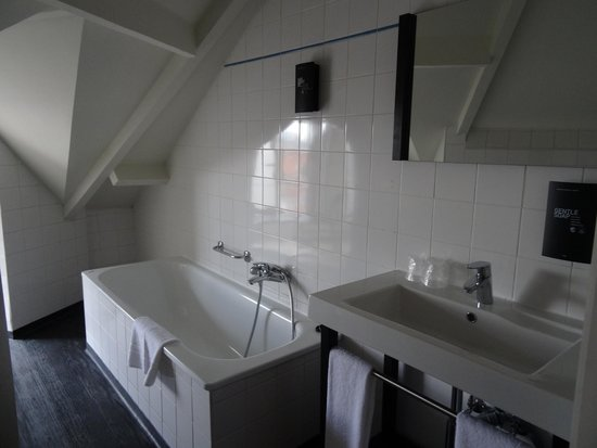 Floris Ustel Midi: Ванная комната