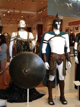 Warner Bros. Studio Tour Hollywood: costumes from the film 300
