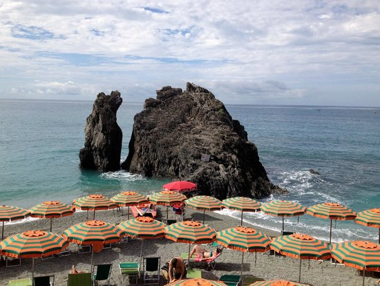 Hotel Villa Adriana: Beach near our hotel in Monterosso al Mare