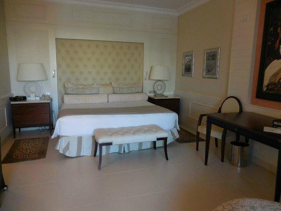 Iberostar Grand Hotel Bavaro: loved the bed