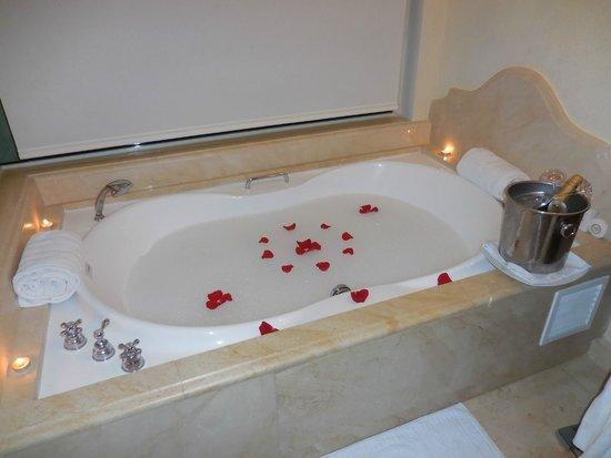 Iberostar Grand Hotel Bavaro: butler ran a bath for us on request