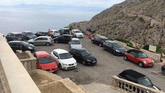 Cap de Formentor: Hilarious traffic system - you can watch different European driving styles for hours on end!