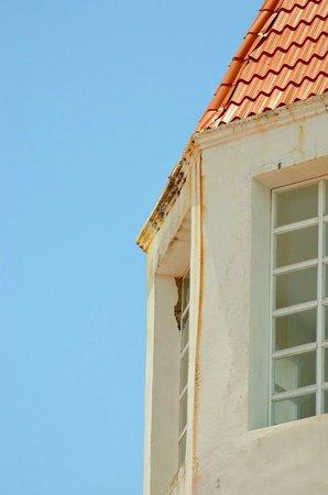 Grand Bahia Principe Jamaica: More rust, lack of paint...