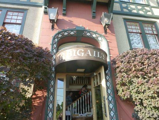 Abigail's Hotel: Lovely exterior