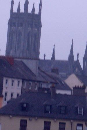 St Marys Cathedral : Seems so close