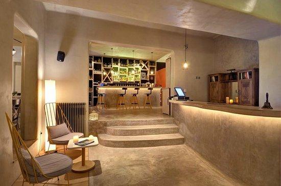 El Resto Bar