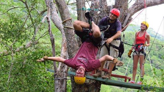 Pura Aventura: Zipping upside down!