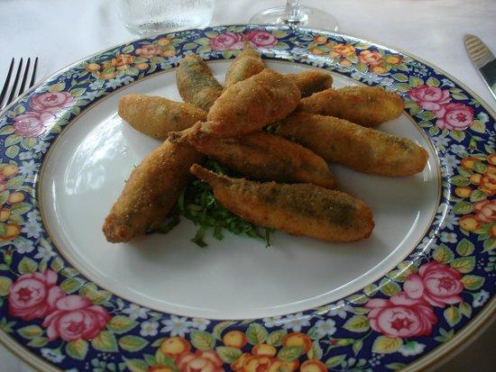 Ristorante San Giovanni: acciughe ripiene e fritte
