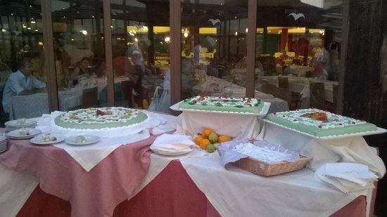VOI Arenella resort: Buffet di cassate siciliane !!!!!!