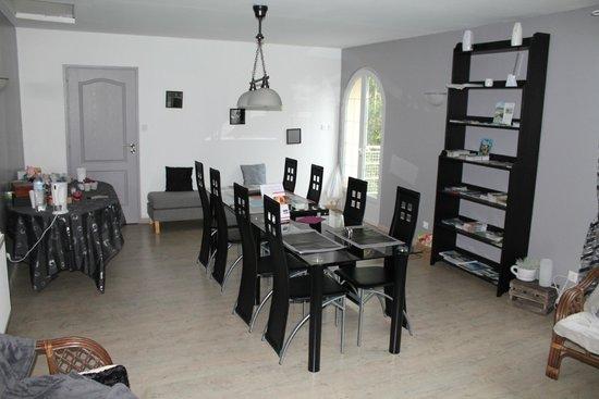 Le Blockhaus de Domleger : Salle à manger privative près des chambres