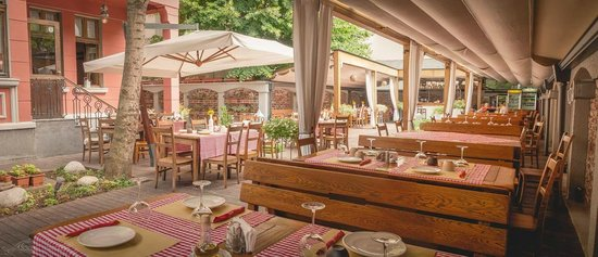 Osteria Barbarossa: Our lovely garden